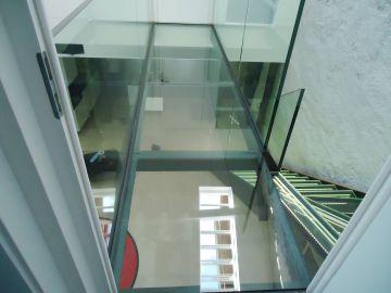 Planchers de verre